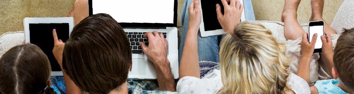 KFE PARENTS > Familles & écrans : le bien-être numérique en famille !